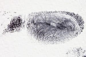 detect fingerprints by spy gears